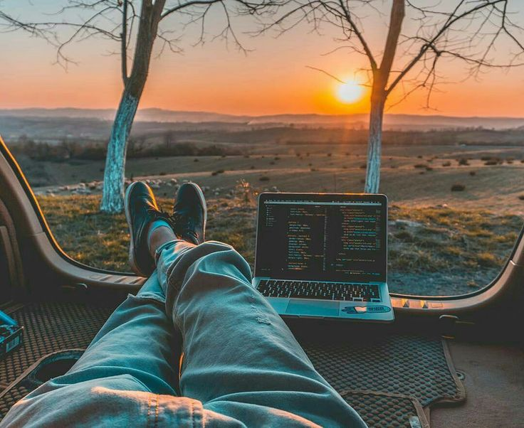 How to combine travelling with being a JAVA developer